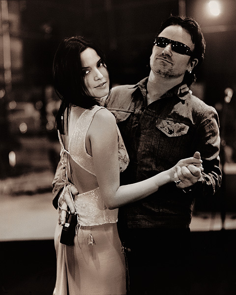 Andrea-and-Bono-the-corrs-27596264-480-600