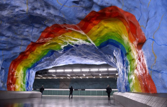 The-most-impressive-underground-railway-stations-in-Europe-4