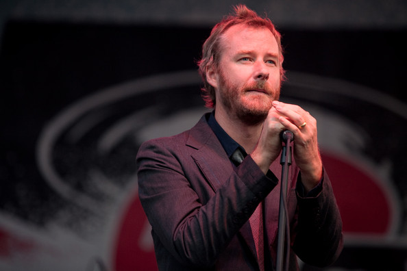 Matt Berninger, do The National. Concordo bem.