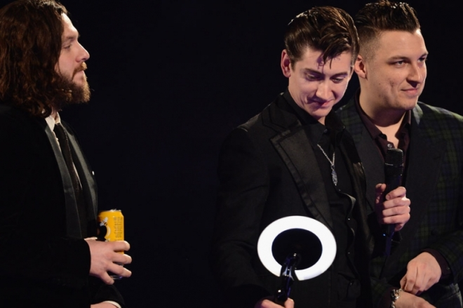 arctic-monkeys-brit-awards-2014