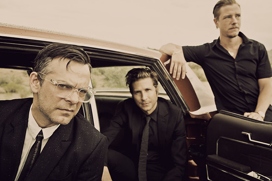 Interpol - Everything Is Wrong