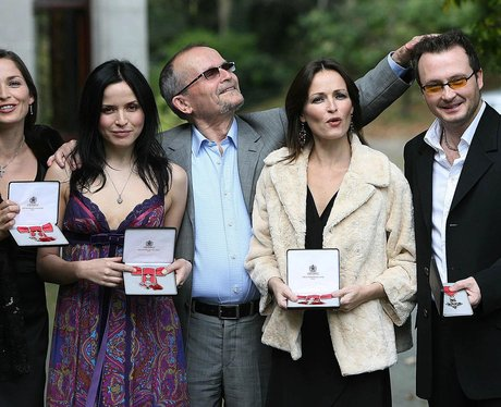 the-corrs-1369044680-view-0